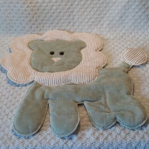 Cute Lion Wall Hanging